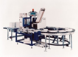 Shipping box labelling and stacking device Type 369